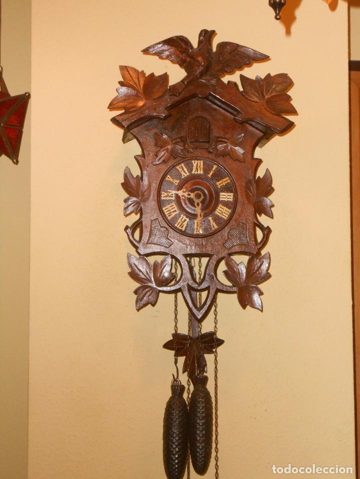ANTIGUO RELOJ CUCU FINALES SIGLO XIX PRINCIPIOS SIGLO XX APROXIMADAMENTE (Relojes - Pared Carga Manual)