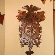 Relojes de pared: ANTIGUO RELOJ CUCU FINALES SIGLO XIX PRINCIPIOS SIGLO XX APROXIMADAMENTE. Lote 105381627