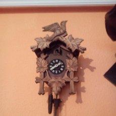 Relojes de pared: ANTIGUO RELOJ CUCU SELVA NEGRA. Lote 105897615