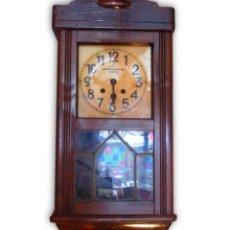 Relojes de pared: RELOJ DE ANTONIO MENCHACA (SANTANDER) DE LOS AÑOS 50. Lote 110405651