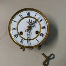Relojes de pared: MAQUINARIA DE RELOJ CARGA MANUAL, DE PARED.. Lote 111280647