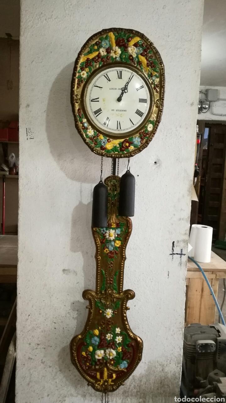 RELOJ DE PARED MUY BONITO RL / (Relojes - Pared Carga Manual)