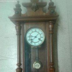 Relojes de pared: ANTIGUO RELOJ DE PARED DE PENDULO ISABELINO PSXX.. Lote 113001228