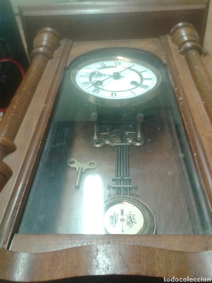 Relojes de pared: ANTIGUO RELOJ DE PARED DE PENDULO ISABELINO PSXX. - Foto 10 - 113001228