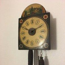 Relojes de pared: ANTIGUO RELOJ DE PARED, FUNCIONA. Lote 114767179