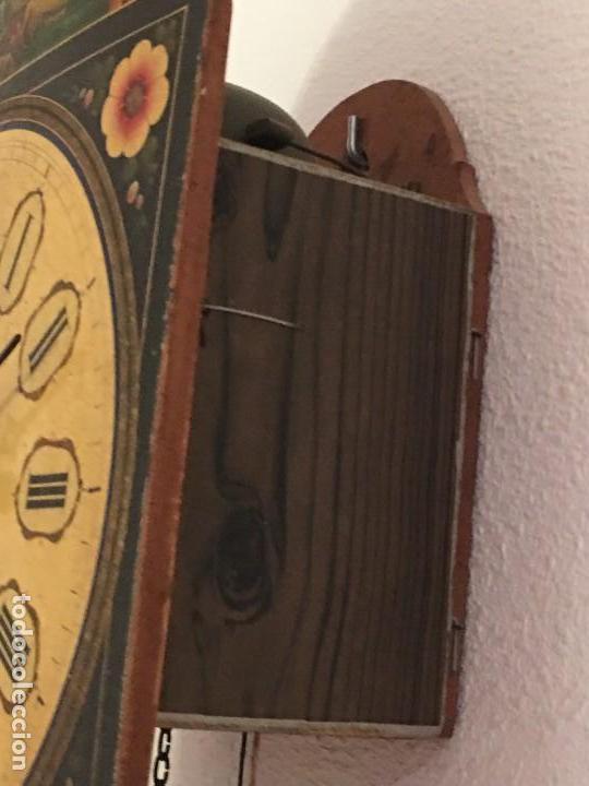 Relojes de pared: ANTIGUO RELOJ DE PARED, FUNCIONA - Foto 18 - 114767179