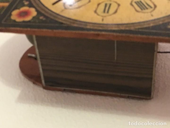 Relojes de pared: ANTIGUO RELOJ DE PARED, FUNCIONA - Foto 19 - 114767179