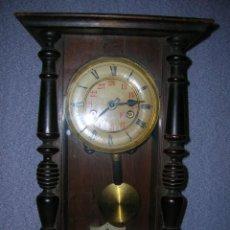 Relojes de pared: ¡¡GRAN OFERTA!! ANTIGUO RELOJ ALFONSINO JUNGHANS DE ALEMANIA- AÑO 1910- FUNCIONAL. Lote 114977591