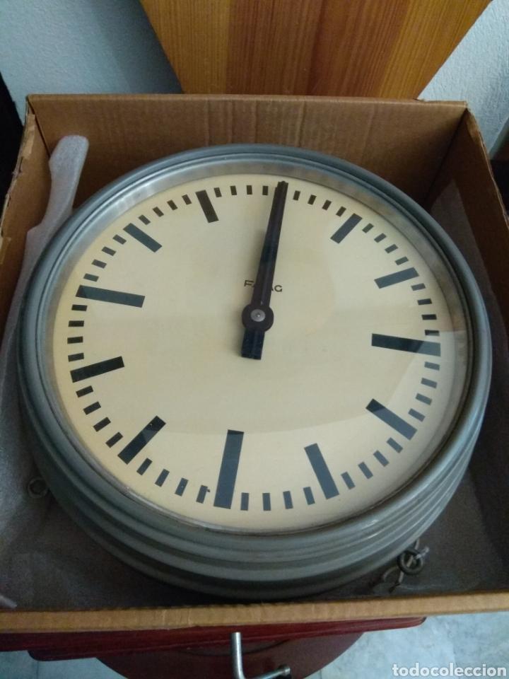 Relojes de pared: Reloj Eléctrico de Estación marca Favag XIX - Doble Cara Visible - Foto 6 - 45301854