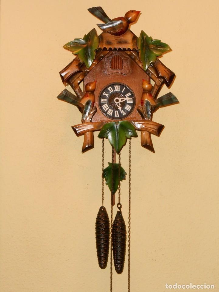 ANTIGUO Y RARO RELOJ CUCU-CUCO,MECÁNICO Y EN FUNCIONAMIENTO.MADE IN WEST GERMANY. (Relojes - Pared Carga Manual)