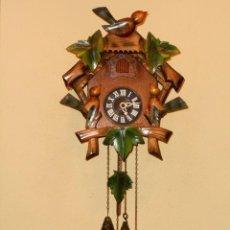 Relojes de pared: ANTIGUO Y RARO RELOJ CUCU-CUCO,MECÁNICO Y EN FUNCIONAMIENTO.MADE IN WEST GERMANY.. Lote 115743243