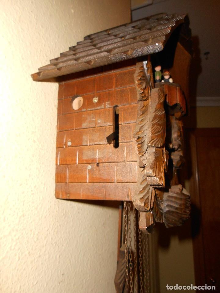 Relojes de pared: RELOJ CUCU-CUCO CON CARRUSEL MUSICAL ALEMÁN(SELVA NEGRA).TOTALMENTE MECÁNICO Y FUNCIONANDO BIEN.. - Foto 5 - 116293139