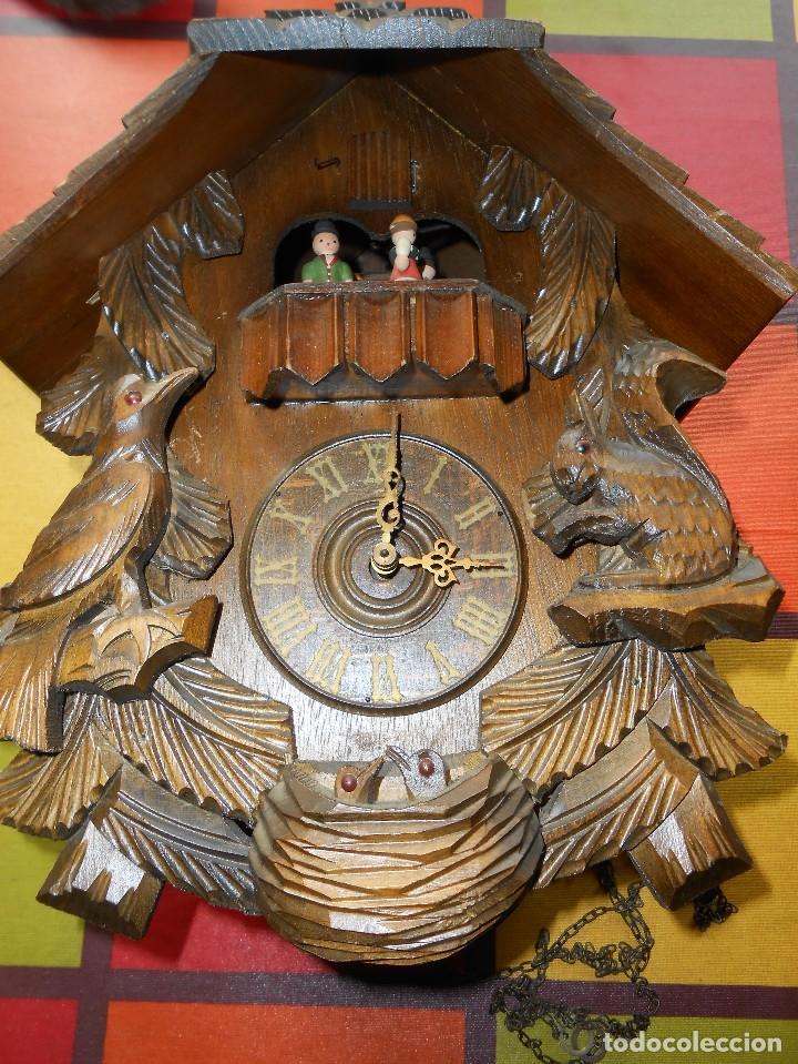 Relojes de pared: RELOJ CUCU-CUCO CON CARRUSEL MUSICAL ALEMÁN(SELVA NEGRA).TOTALMENTE MECÁNICO Y FUNCIONANDO BIEN.. - Foto 10 - 116293139