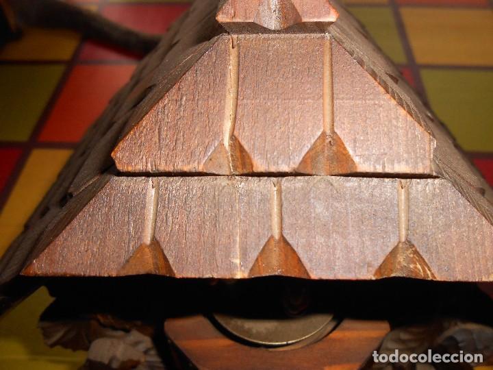 Relojes de pared: RELOJ CUCU-CUCO CON CARRUSEL MUSICAL ALEMÁN(SELVA NEGRA).TOTALMENTE MECÁNICO Y FUNCIONANDO BIEN.. - Foto 13 - 116293139