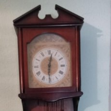 Relojes de pared: RELOJ DE PARED RADIANT CARGA MANUAL. Lote 116707216