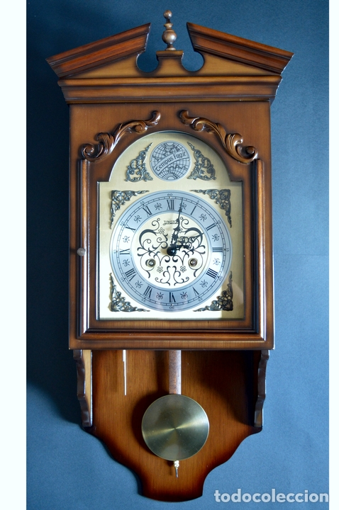 Relojes de pared: EXCEPCIONAL ANTIGUO RELOJ DE PARED CON SONERIA J. PASTOR 1940 CARGA MANUAL Y CAJA DE NOGAL - Foto 2 - 56802694