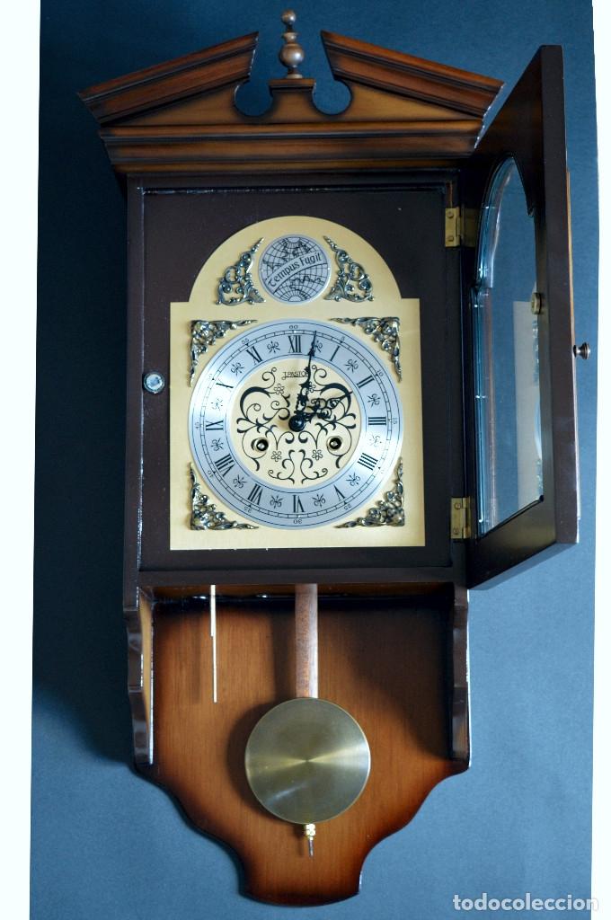 Relojes de pared: EXCEPCIONAL ANTIGUO RELOJ DE PARED CON SONERIA J. PASTOR 1940 CARGA MANUAL Y CAJA DE NOGAL - Foto 6 - 56802694