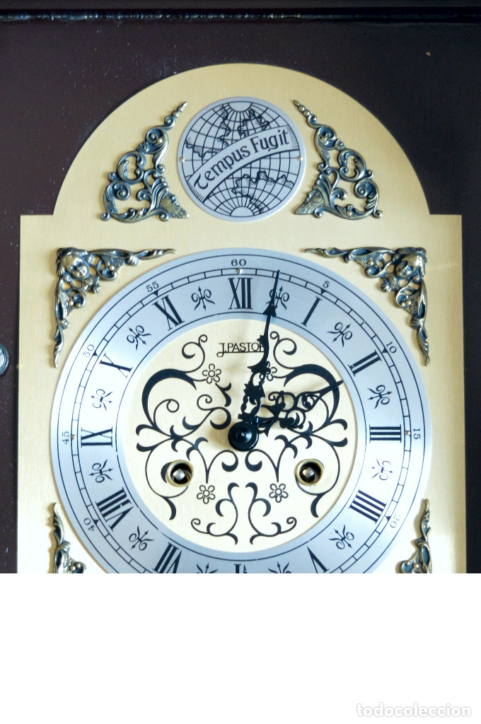 Relojes de pared: EXCEPCIONAL ANTIGUO RELOJ DE PARED CON SONERIA J. PASTOR 1940 CARGA MANUAL Y CAJA DE NOGAL - Foto 7 - 56802694