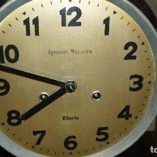 Relojes de pared: RELOJ PARED CUERDA ANTIGUO IGNACIO NAVARRO VITORIA. Lote 117031391