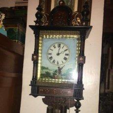 Relojes de pared: BONITO RELOJ PARED SELVA NEGRA ORIGINAL FUNCIONA. Lote 118413643
