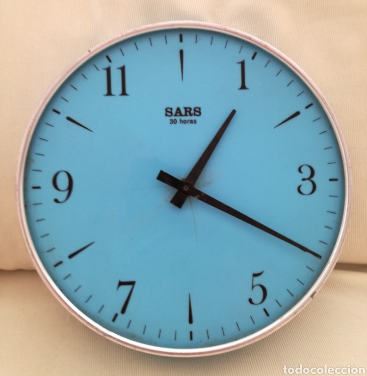 ANTIGUO RELOJ A CUERDA SARS. (Relojes - Pared Carga Manual)