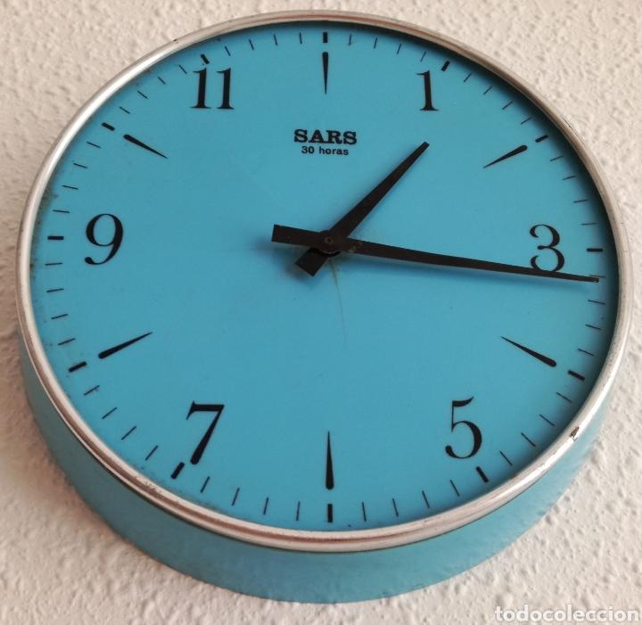 Relojes de pared: Antiguo reloj a Cuerda Sars. - Foto 3 - 121049324