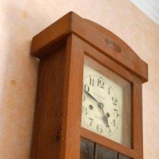 Relojes de pared: RELOJ DE PARED, CASA BARINGO, ZARAGOZA.FUNCIONANDO. Lote 122227759