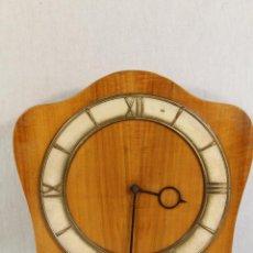 Relojes de pared: RELOJ DE PARED A CADENAS. Lote 123508659