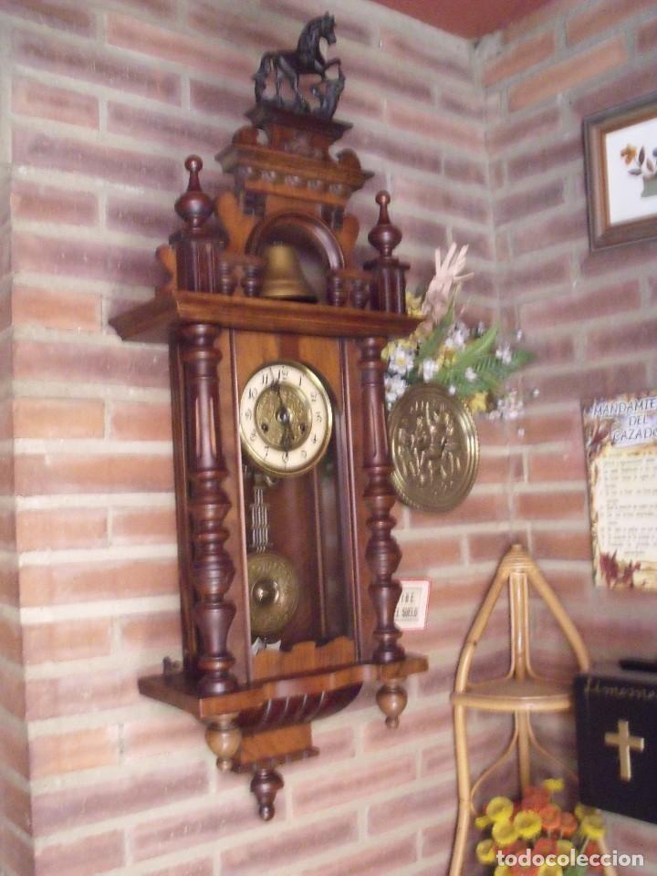 Relojes de pared: RARISIMO Y UNICO-104 CM-RELOJ ALFONSINO PFEILKREUZ- año 1910- SONERIA EN CAMPANA DE BRONCE- - Foto 2 - 123547187