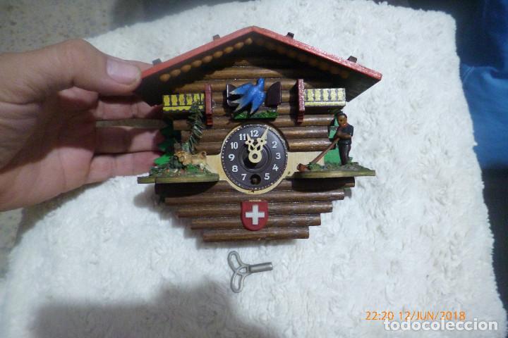 RELOJ CUCO SUIZO CON LLAVE (Relojes - Pared Carga Manual)