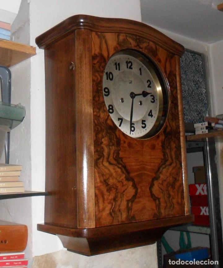 RELOJ DE PARED MECÁNICO CON SONERÍA (Relojes - Pared Carga Manual)