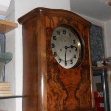 Relojes de pared: RELOJ DE PARED MECÁNICO CON SONERÍA. Lote 125235779