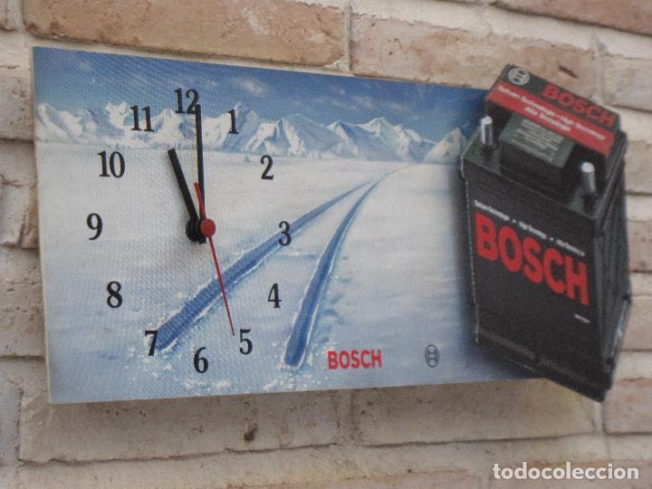 Relojes de pared: RELOJ DE PARED CON PUBLICIDAD : B0SCH - BATERIAS - FUNCIONANDO. - Foto 3 - 127132003