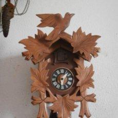 Relojes de pared: RELOJ ANTIGUO DE PARED ALEMÁN CUCU CUCO PÉNDULO FUNCIONA CON PESAS FABRICADO EN SELVA NEGRA ALEMANA. Lote 128668627