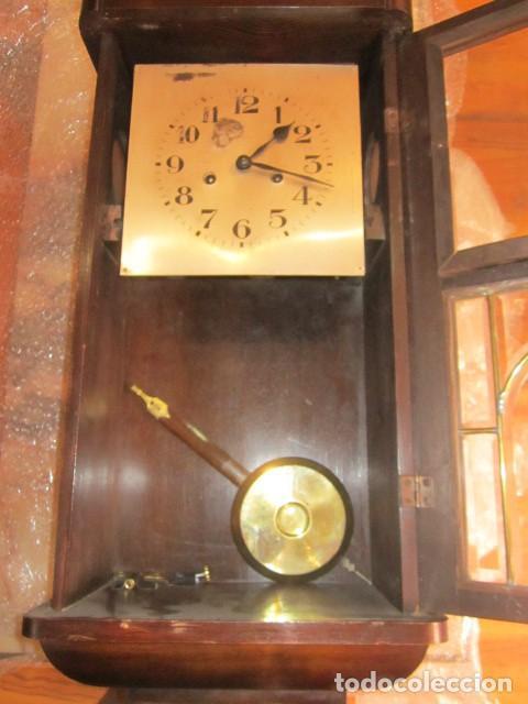 Relojes de pared: Reloj de pared con caja de madera. 30 x 16 x 63 cms. altura. Funcionando. - Foto 8 - 128706375