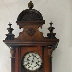 Relojes de pared: ANTIGUO RELOJ DE PARED REGULADOR CON CAJA DE MADERA. Lote 131452414
