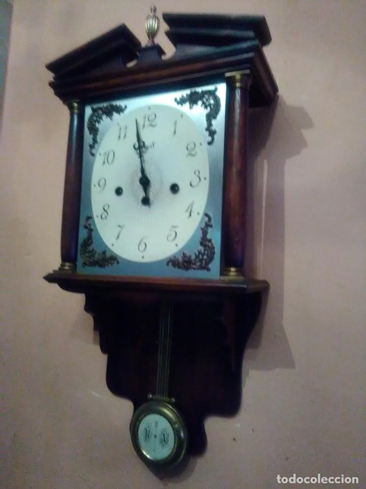 Relojes de pared: RELOJ DE PARED ANTIGUO CARILLÓN . - Foto 2 - 131941374
