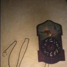 Relojes de pared: ANTIGUO Y PEQUEÑO RELOJ DE PARED. A RESTAURAR . Lote 132161522