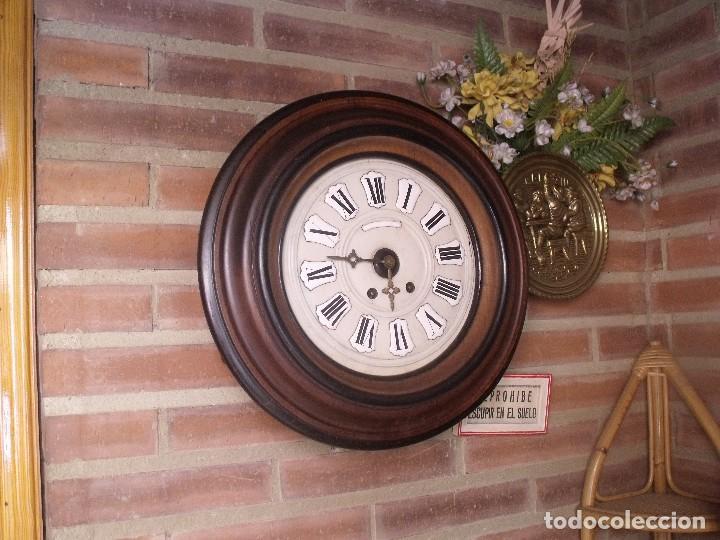 ¡¡GRAN OFERTA !!!!ANTIGUO RELOJ ESCUELA MADERA MAQUINARIA PARIS DE FRANCIA - AÑO 1920- LOTE 131 (Relojes - Pared Carga Manual)