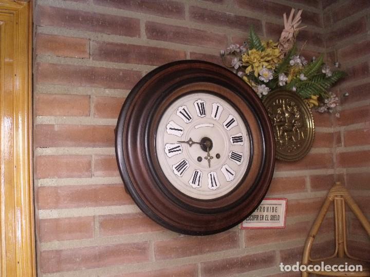 Relojes de pared: ¡¡GRAN OFERTA !!!!Antiguo RELOJ ESCUELA MADERA MAQUINARIA PARIS de Francia - año 1920- lote 131 - Foto 2 - 132798586
