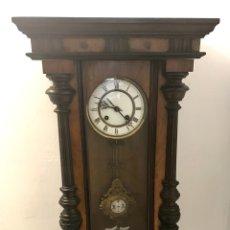 Relojes de pared: RELOJ DE PARED ALFORSINO DE FINALES DEL SIGLO XIX JUNGHANS, FUNCIONANDO.. Lote 135412903