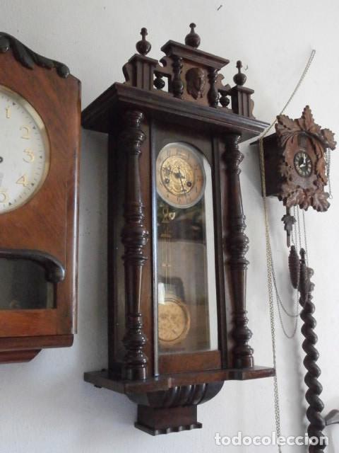 Relojes de pared: Antiguo reloj de cuerda mecánica pared militar alemán I guerra mundial 1917 funciona y da campanadas - Foto 5 - 136313094