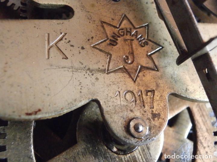 Relojes de pared: Antiguo reloj de cuerda mecánica pared militar alemán I guerra mundial 1917 funciona y da campanadas - Foto 10 - 136313094