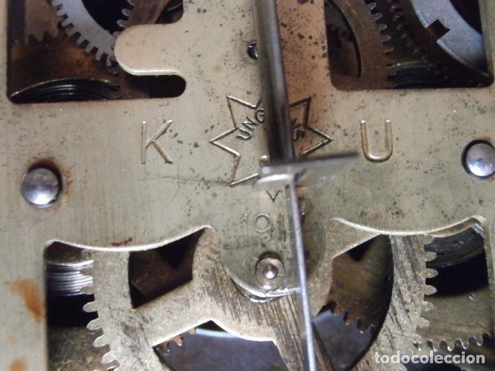 Relojes de pared: Antiguo reloj de cuerda mecánica pared militar alemán I guerra mundial 1917 funciona y da campanadas - Foto 12 - 136313094