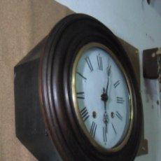 Relojes de pared: ANTIGUO RELOJ OJO DE BUEY - MAQUINARIA MOREZ - FUNCIONA. Lote 136492162