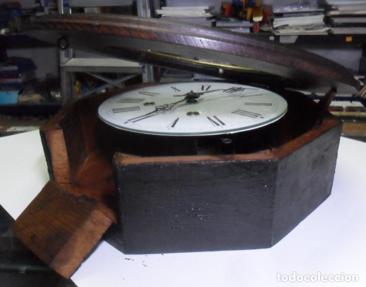 Relojes de pared: Antiguo Reloj Ojo de Buey - Maquinaria Morez - Funciona - Foto 9 - 136492162