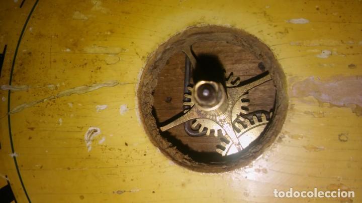 Relojes de pared: Ratera maquinaria completa y funcionando, sonería gong reloj original selva negra antiguo 1850 s XIX - Foto 4 - 137743418