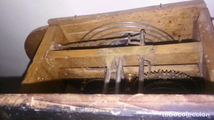 Relojes de pared: Ratera maquinaria completa y funcionando, sonería gong reloj original selva negra antiguo 1850 s XIX - Foto 5 - 137743418