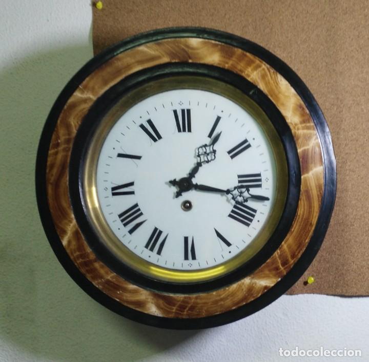 RELOJ OJO DE BUEY BIBLIOTECA - FUNCIONA (Relojes - Pared Carga Manual)