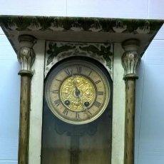 Relojes de pared: RELOJ ALFONSINO.FUNCIONA. Lote 138325610